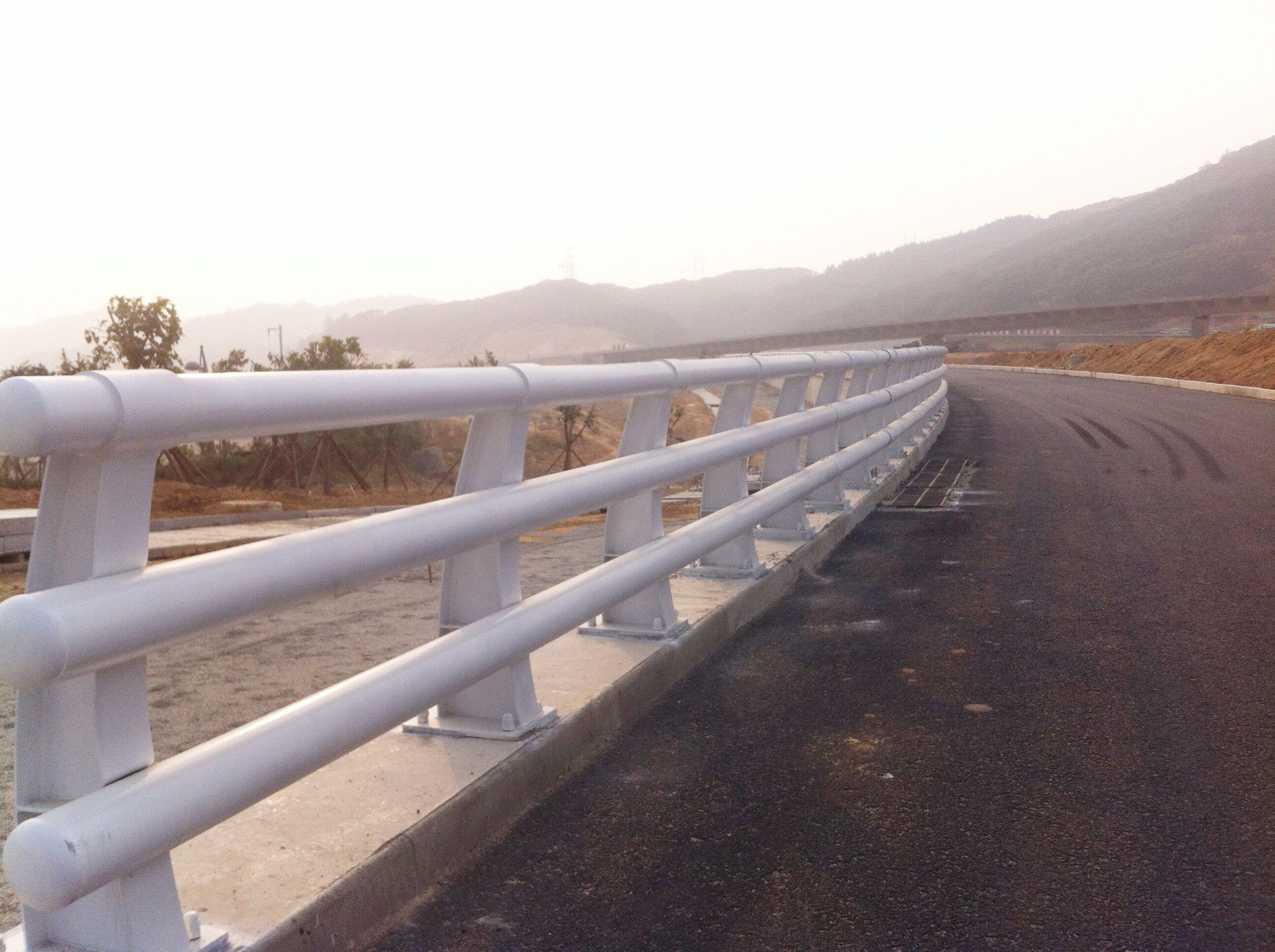 晋中碳素钢复合管防撞护栏资质全型号多