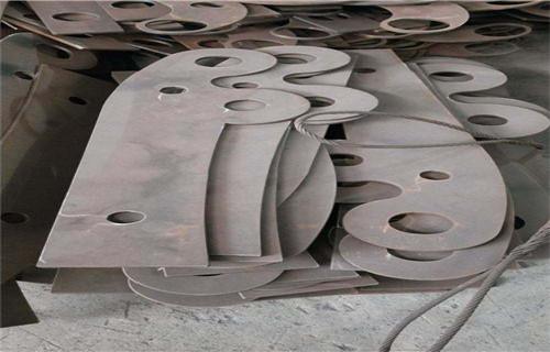 雅安不锈钢碳素钢复合管栏杆诚信热销