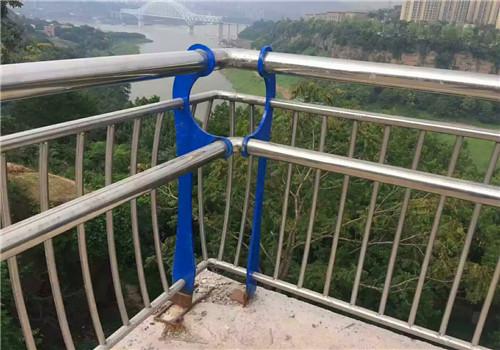 邯郸不锈钢人行道护栏鑫海达护栏公司