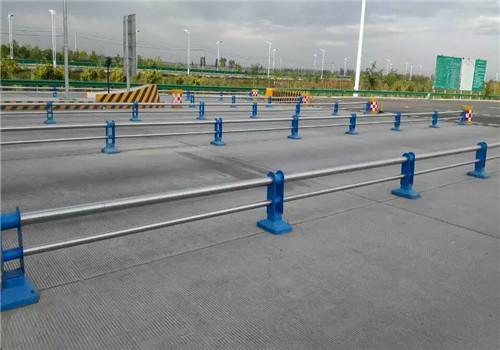 南通不锈钢碳素钢复合管鑫海达护栏公司